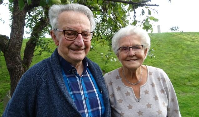 Jan Pieter Vos (90) en Leny Vos-Bax (88) uit Nederhemert zijn al 65 jaar getrouwd.