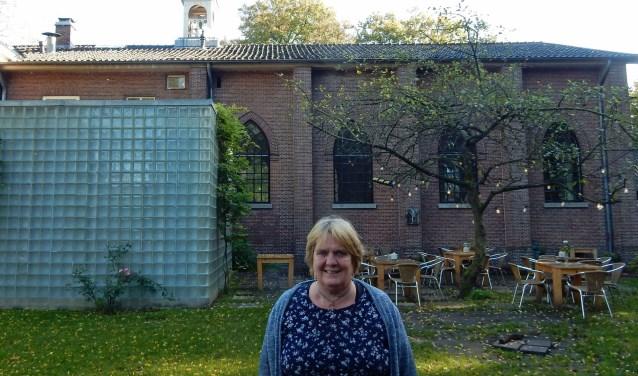 De overlast van enkele weken nemen directeur Lidwien Vork en haar medewerkers voor lief. FOTO: Asta Diepen Stöpler