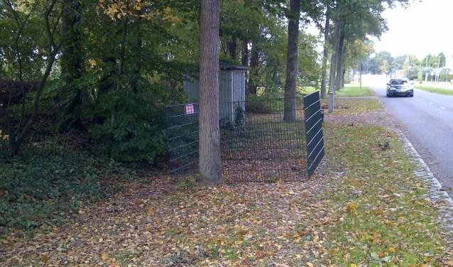 De gemeente plaatst 120 bladkorven. De korf op de foto staat aan de Collenstaartweg in Nijverdal.