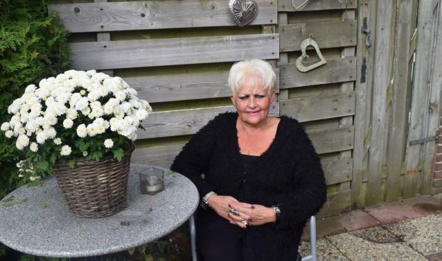 'Tante' Eef stopt na 34 jaar als leider van het Tulpkamp.