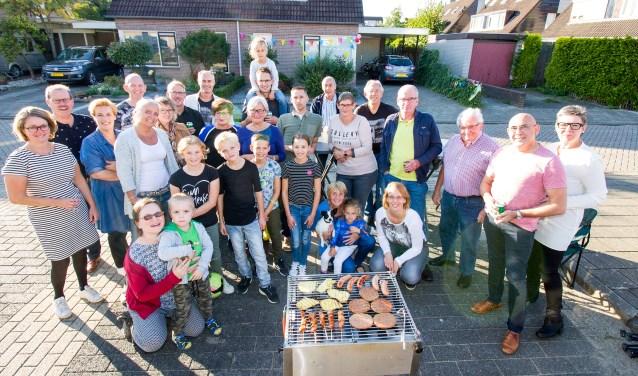 Janneke Bos greep Burendag aan om een buurtbarbecue te organiseren.