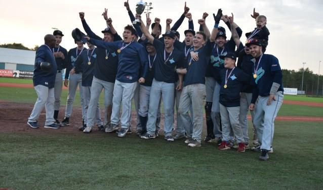 De honkballers van Domstad Dodgers hebben de Utrechtse eer hoog gehouden en de landstitel bij de amateurs opgeëist.