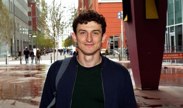 Alexandr Kacho wandelt graag door onze stad. (Foto: Jos van Leeuwen)