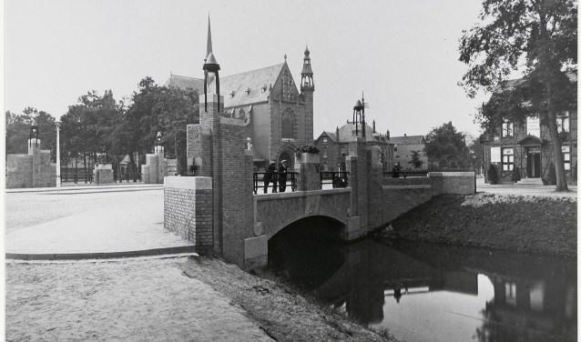 Op zaterdag 9 december is er feest op de Haagpoortbrug! De herinrichting van de Haagweg en de Nieuwe Haagdijk is klaar en ook de Haagpoortburg heeft een opknapbeurt gekregen.