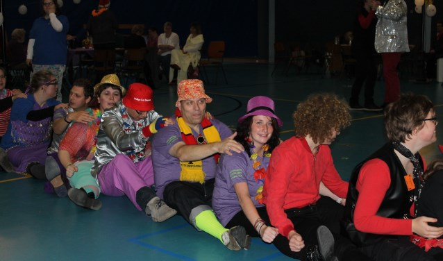 Dansclub De Kets liet tijdens de Nationale Dansdag zien hoe we in Brabant carnaval vieren!