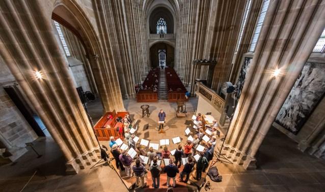 Eén van de hoogtepunten van concertreis van het Zwols Vocaal Ensemble was het optreden tijdens de kerkdienst in de Frauenkirche van Dresden.