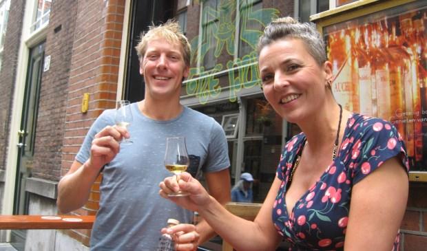 Tien jaar geleden namen Eline en Jeroen Huppel the Pub over. Nu kunnen ze het glas heffen omdat ze op een mooie tweede plek zijn geëindigd.
