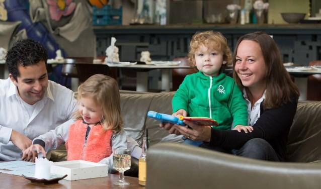 De Utrechtse Lisanne Davids wilde met haar gezin op pad en miste een plek waar leuke uitjes voor gezinnen gebundeld werden. Dus startte ze zelf maar zo'n platform op. Deze week bracht ze een boekje uit met al die leuke activiteiten. Eigen foto