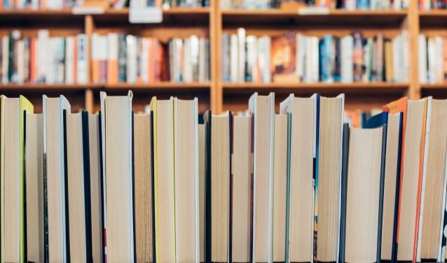 Het is feest in bibliotheek Ridderkerk Centrum. (stockfoto)