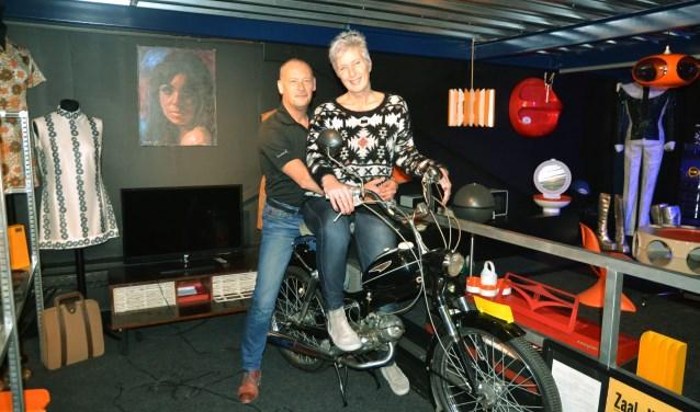 Jaap en Jacqueline Schut van popmuseum RockArt maken lange dagen. Het liefst hevelen ze hun museum zo snel als mogelijk over naar Den Haag.