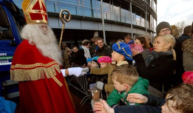 Sinterklaas bracht zaterdagmiddag een bezoek aan Boxmeer. (Foto: Tom Oosthout)