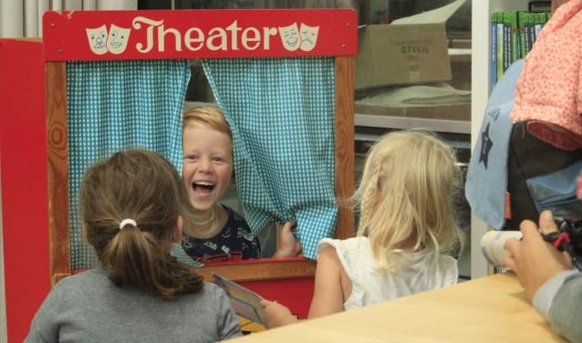 Kinderwinterdoedag bij Kunstencentrum Waalwijk tijdens de geplande docentenstaking op dinsdag 12 december.