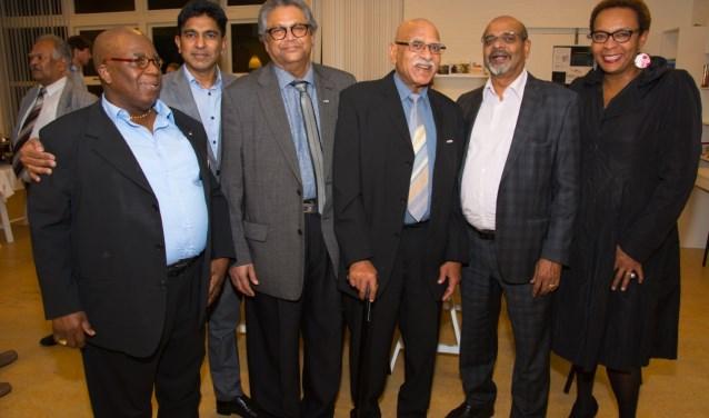 Veel belangstelling tijdens viering 35-jarig bestaan Hindoestaanse vereniging Laakkwartier Noord