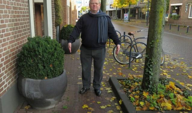"""Rob Landsbergen (Gehandicapten Raad Ede): """"De openbare weg is voor mensen met een beperking soms net een hindernisbaan."""""""