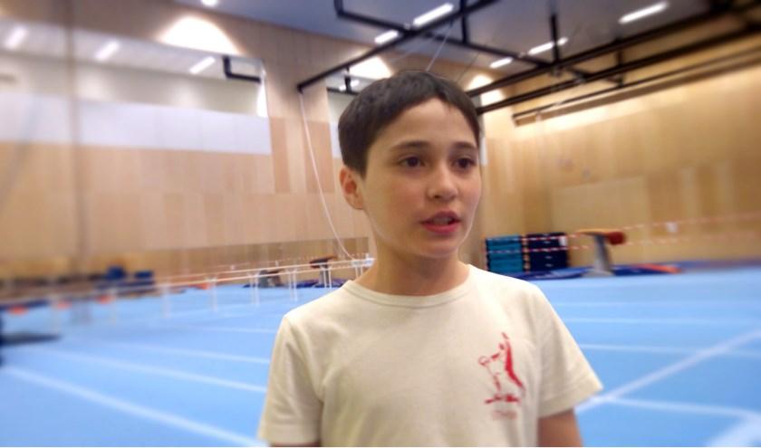 Christopher in de turnhal op de Sportcampus (Foto: Remco Jansen)