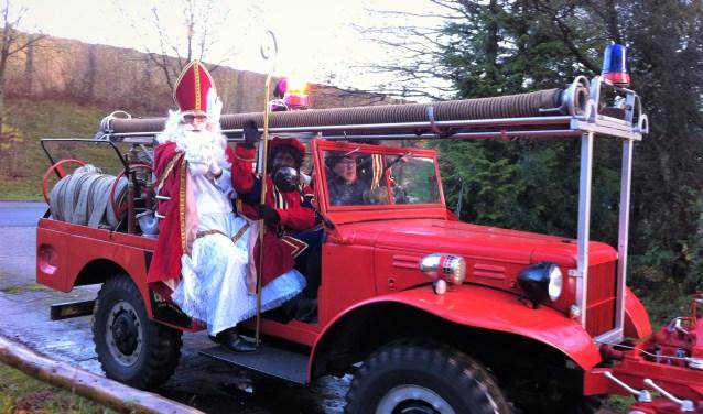 Sinterklaas heeft een voorliefde voor bijzondere vervoersmiddelen, we zagen hem in Leusden al in een brandweerwagen, een sportwagen en meer. Waar zou hij dit jaar in arriveren?