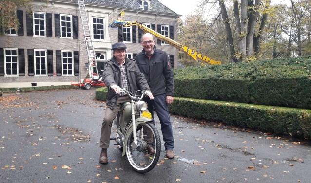 Bij het museum zijn afgelopen weekend de eerste exemplaren van Boy binnengekomen. Sommige daarvan rijden ook nog, zoals  conservator Jan van de Maat hier laat zien.
