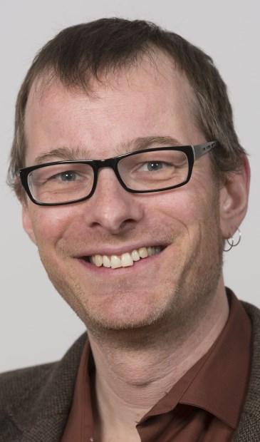 Indiener van de motie Björn Ros van D66/GroenLinks. (foto Gem. Ridderkerk)