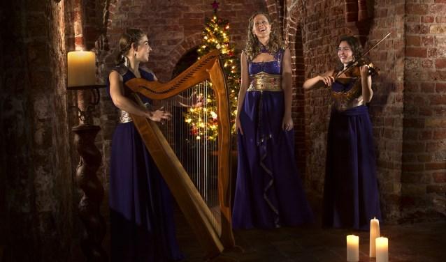 Merain is gespecialiseerd in het spelen van Keltische muziek in hun eigen unieke bewerkingen.
