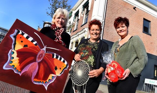Vlnr Nardy Strikwold, Hermien Jansen en Sandra Pothoff. (foto: Roel Kleinpenning)