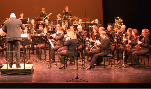 Harmonieorkest Concordia, Hengelo onder leiding van Lute Hoekstra verzorgt een concert samen met Fanfare Excelsior onder leiding van Floris de Wever.
