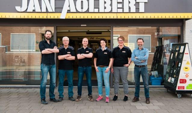 Het team van Jan Aolbert staat altijd klaar om vragen te beantwoorden en advies te geven.