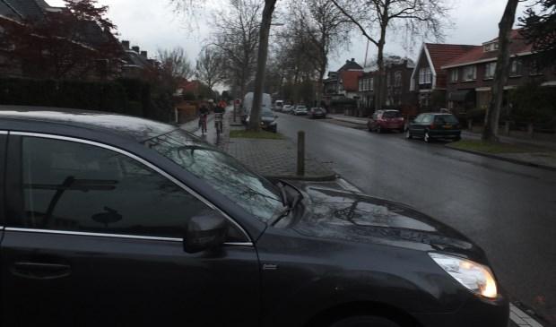 Het kruispunt Bornsestraat/Christoffelstraat is zeer onoverzichtelijk