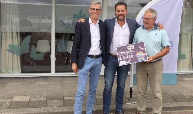 Dit jaar ontvingen SamenhuiS (zie foto) en stichting Diabetesouders regio Leiden een groot geldbedrag.