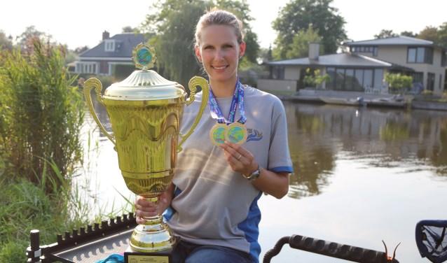 Tweevoudig kampioen Anja Groot zal  op 11 november alles vertellen over wedstrijdvissen en een demonstratie geven.