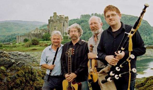 Een van de bekendste traditionele bands in Schotland is de Tannahill Weavers. Vrijdag spelen ze op uitnodiging van Folkclub Twente bij de Buren.de Buren in Boekelo.