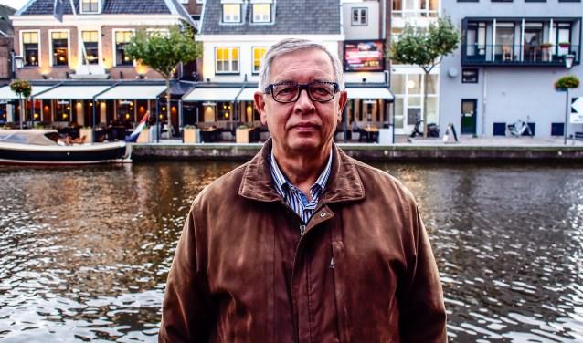 """Voorzitter Gerrit Willems: """"De talkshow biedt bewoners van Alphen een goede mogelijkheid om met elkaar in discussie te gaan. Dan weet je wat er gebeurt en op welke politieke partij je wilt stemmen."""""""