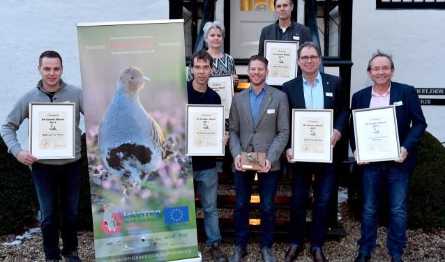 v.l.n.r.: Henk Vink (WBE Land van Altena), Alex Wieland (Landschapsbeheer Zeeland), Minette Straver (ANV Altena-Biesbosch), Jochem Sloothaak (Brabants Landschap), Arno Teunissen (Provincie), Meeuwis Millenaar (ANV Altena-Biesbosch) en Jaap van Diggelen (NBV Altenatuur).