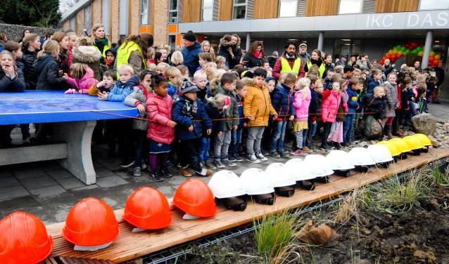 Het IKC Dassenburcht werd afgelopen vrijdag feestelijk geopend. (foto: Tom Oosthout)