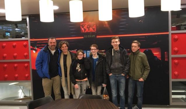 Het samengestelde gezin van Corine Faassen is woensdagavond te zien op tv. (foto: eigen foto)