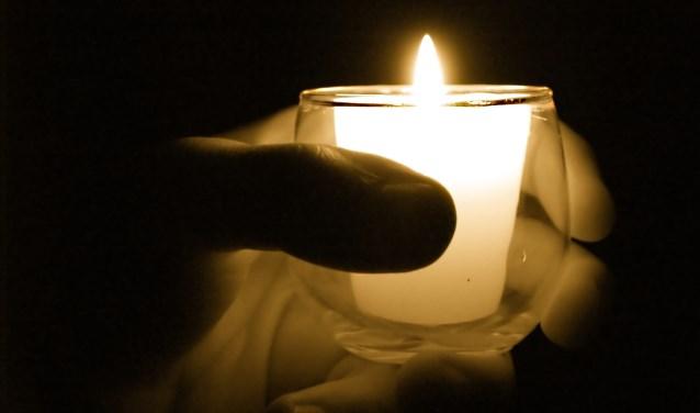 Op Lichtjesavond is iedereen welkom, ook nabestaanden wiens dierbaren elders gecremeerd of begraven zijn.