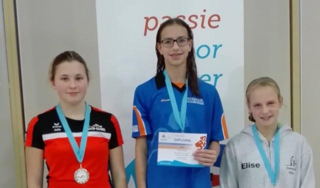 Limburgs kampioen Colinda in het midden.
