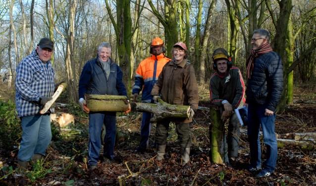 Marius Manders van dorpspark Haps rechts op de foto (Foto: Tom Oosthout).