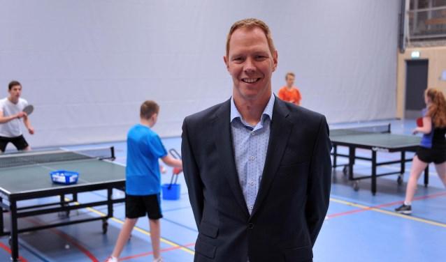 Eric-Jan Bosselaar is de trotse voorzitter van de organiseerde club; Shot'65.