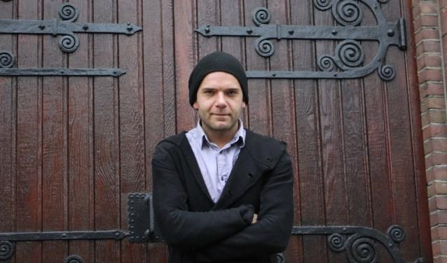 Muzikant Thomas Pieters mag zich heel 2018 de Stadskunstenaar van Helmond noemen. Foto: Romy Chatrou-van der Sande.