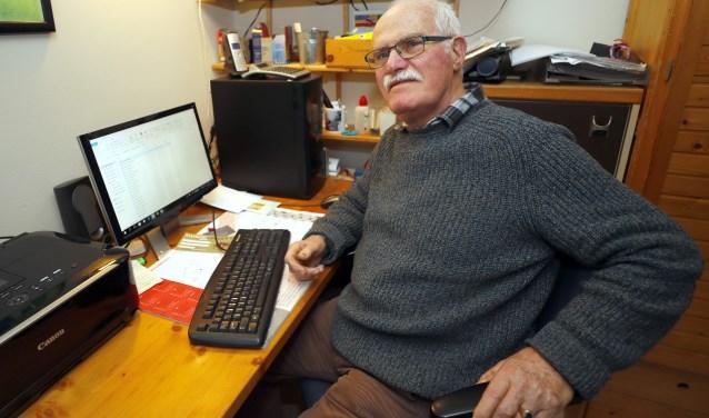 Poul de Gier, alias Betweter, stopt met zijn column in het Veldhovens Weekblad. De lezers zullen hem missen. FOTO: Bert Jansen.