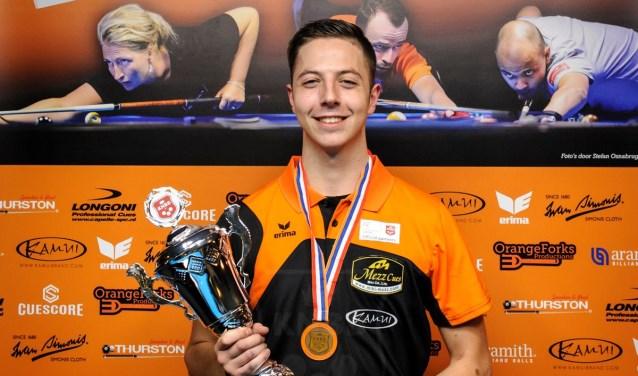 Tim De Ruyter is meervoudig jeugdkampioen bij snooker en pool. Hij heeft ook al twee keer brons gewonnen bij het 'grote'NK Pool. Foto: Stefan Osnabrug.