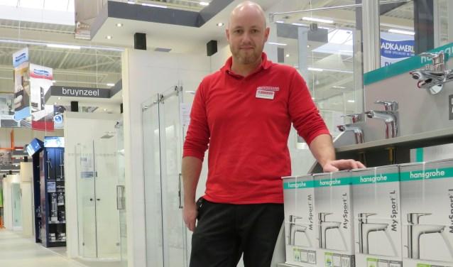 Aangezien sanitair een specialistisch vakgebied is, komen veel mensen met technische vragen bij Bauhaus Twente. Gelukkig zijn daar Mark Kloppenburg en zijn team die antwoorden weten op alle vragen.