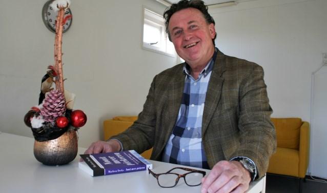 """Psycholoog Bert Bavelaar: """"Relativeer kerst en maak er zoveel mogelijk het beste van. Ook als je in de rouw bent. Zonder je dan liefst niet af; geef aan dat je door een moeilijke periode heengaat."""" FOTO: Esmeralda Wybrands"""