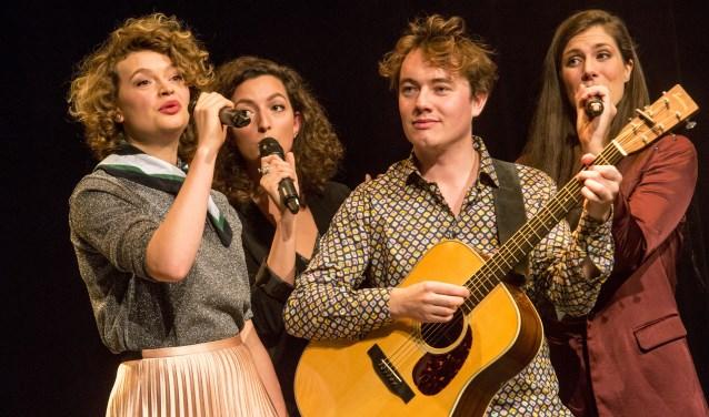 In de Hoffelijke serie krijgt Jenn Vocals gezelschap van cabaretier Jeffrey Kleine Koerkamp en zangeres Laura de Bruijn.