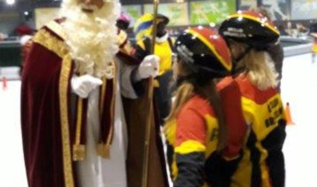 Sint bezoekt IJsclub Breukelen