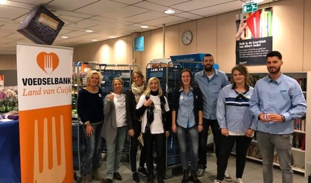 Vrijwilligers en medewerkers van Albert Heijn Cuijk zijn blij met het resultaat.