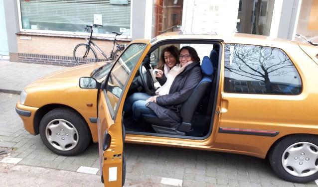 Esther Croes en Annemieke van Riel van Quiet zijn laaiend enthousiast met het 'gouden' cadeau.