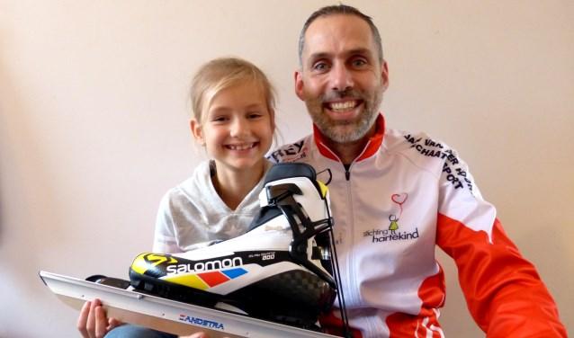 Rogier Zandijk schaatst de Weissensee voor stichting Hartekind. Zijn 7-jarige dochter Juul is geboren met een hartafwijking. Foto: PR