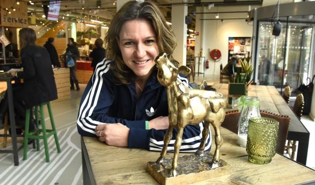 Documentairemaker Elsbeth Fraanje won met haar film Snelwegkerk een gouden kalf op het Nederlands Filmfestival. Foto: Marianka Peters