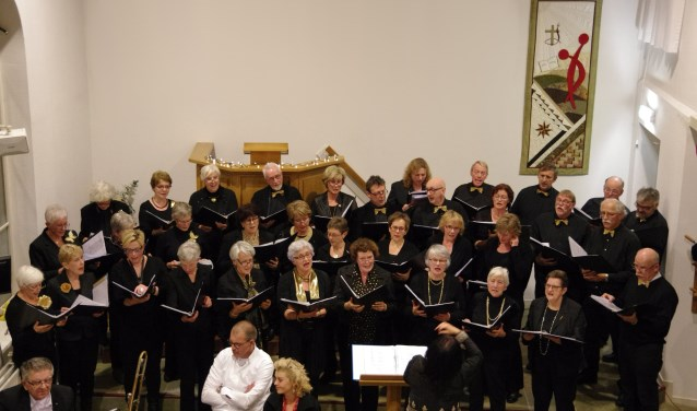 Decibel zingt in dit concert zowel kerst- als winterliedjes.